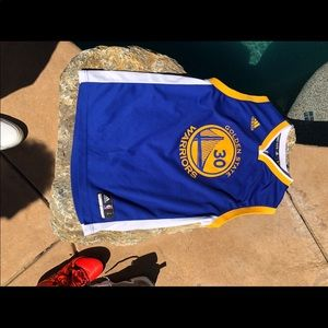 Golden state warriors curry jersey.    #30